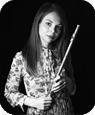 Musiklehrerin für Querflöte und Flöte